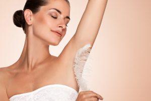 Dauerhafte Haarentfernung von der Kosmetik 1Plus in Köln Porz